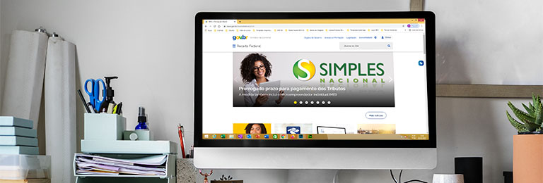 Desktop omputer screen transparent png